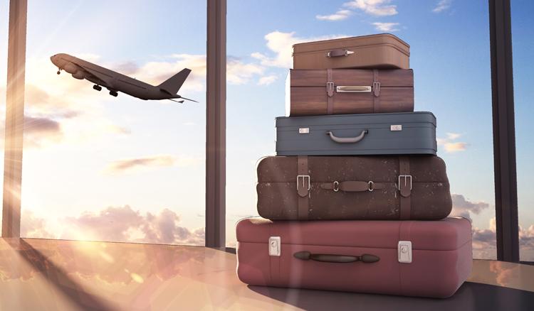 Flughafen mit Reisegepäck